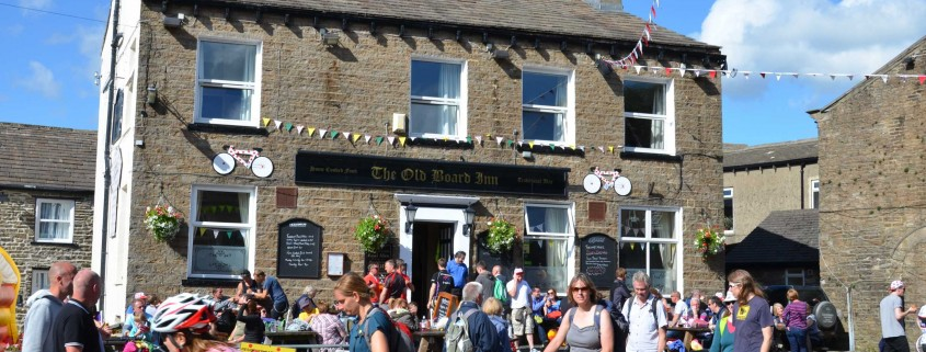 Tour-de-France-comes-to-THE-north-yorkshire-pub